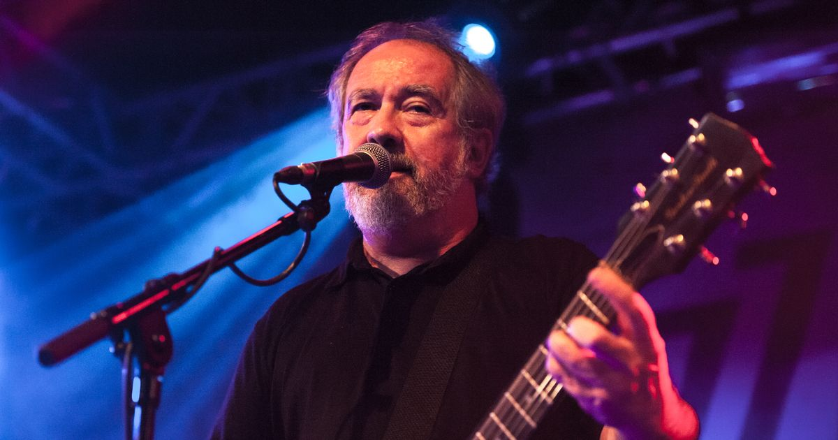 Buzzcocks singer Pete Shelley dies of suspected heart attack at 63