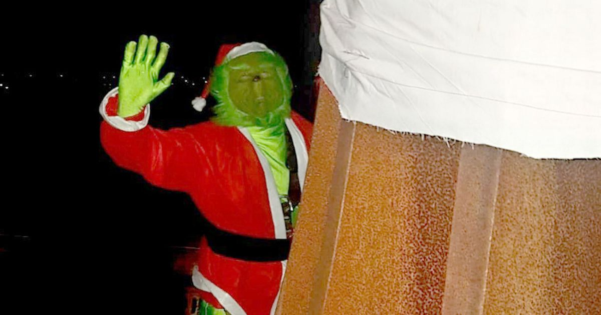 Angel of the North's Santa hat stolen by man dressed as the 'Grinch'