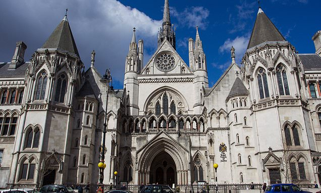Curtain of secrecy should be wrapped around family courts judge urges