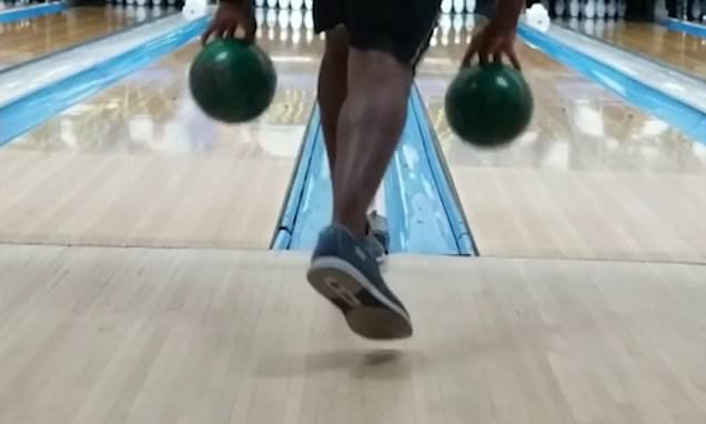 Trickster scores TWO strikes at the same time in separate lanes