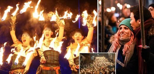 New Year's celebrations begin with Hogmanay procession in Edinburgh