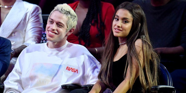"Ariana Grande Asked Her Fans to ""Be Gentler"" to Pete Davidson"
