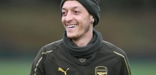 Mesut Ozil made Arsenal captain and fans want him to prove Unai Emery wrong