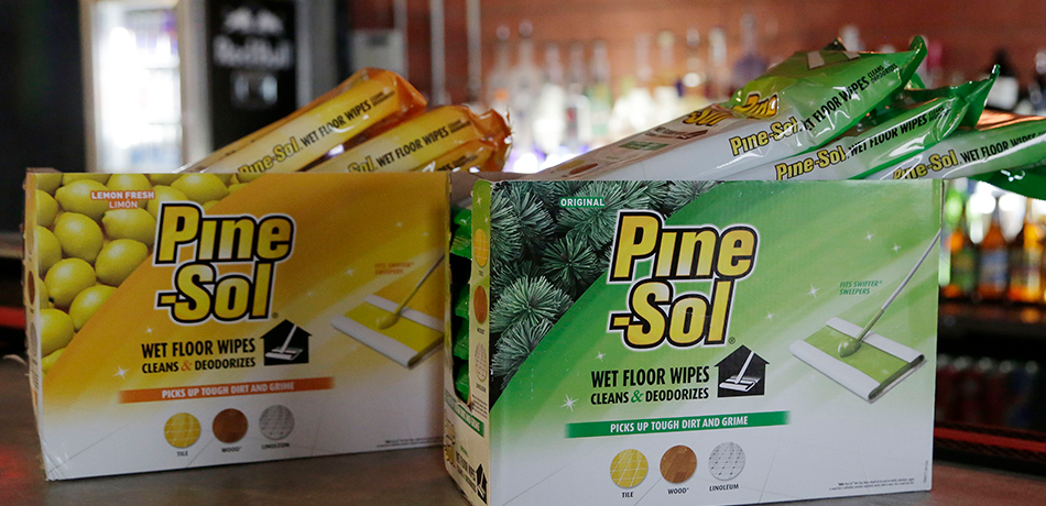 Hawaii Preschool Under Fire After Giving Preschoolers Pine-Sol Mistaken For Apple Juice