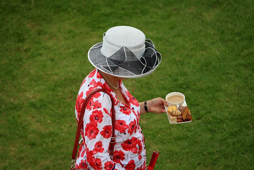 How Does Queen Elizabeth Take Her Tea? Food Habits Her Majesty Always Follows – The Cheat Sheet