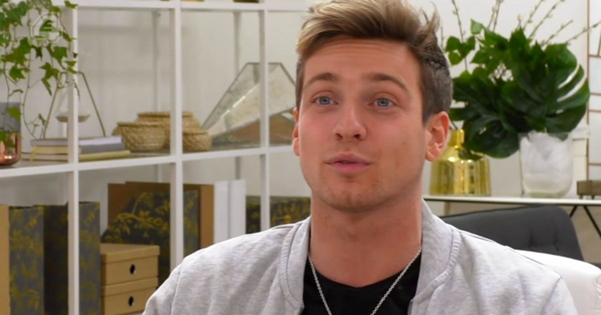 Sam Thompson caught on dating app while filming Celebs Go Dating