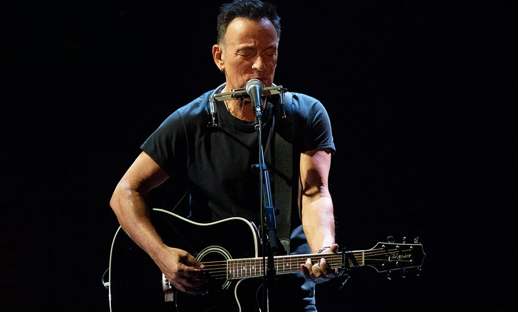 'Springsteen on Broadway' Review: One of the Best Things Netflix Has Ever Done