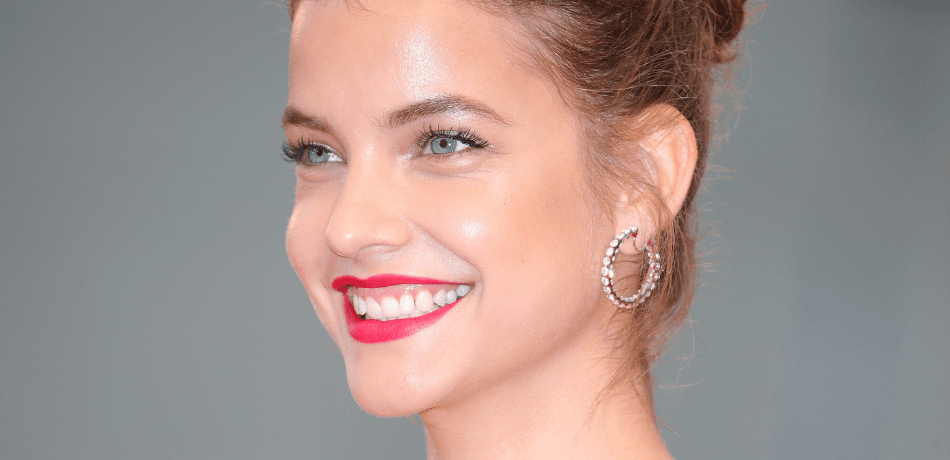 Barbara Palvin Shakes Her Booty In A Flirty Selfie Video On Instagram