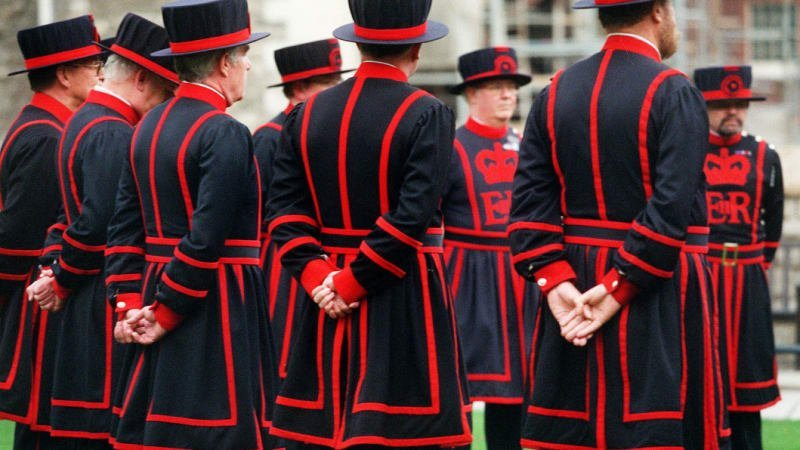 Tourism at steak as London's Beefeaters go on strike