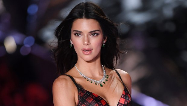 Kendall Jenner, Bella Thorne & More Celebs Who Rock Holiday-Inspired Lingerie Looks
