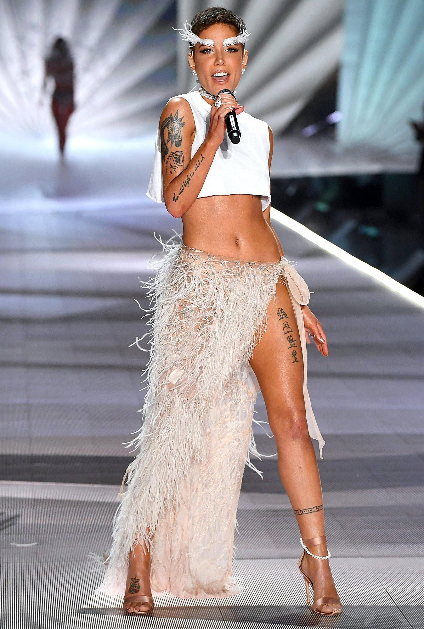 Halsey Has 'No Tolerance' for Lack of Diversity After Victoria's Secret Fashion Show Airs