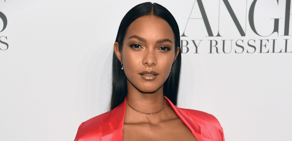 Lais Ribeiro Goes Topless In Costa Rica