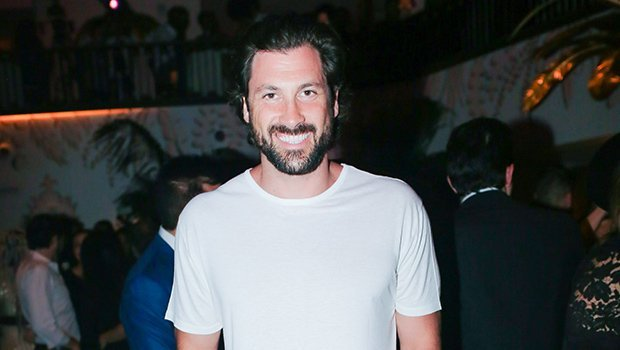Maks Chmerkovskiy Decorates His Christmas Tree While Totally Naked — Wait, What?