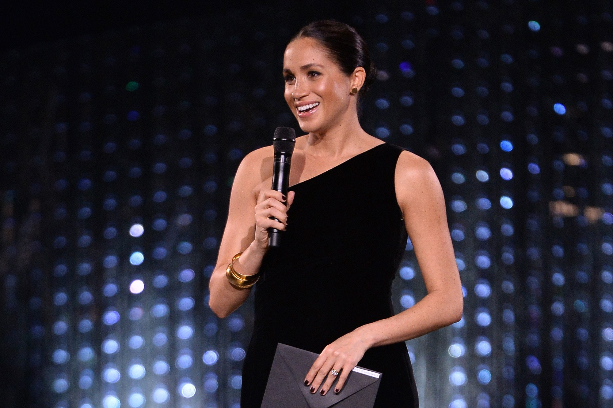 Meghan Markle makes surprise appearance at British Fashion Awards