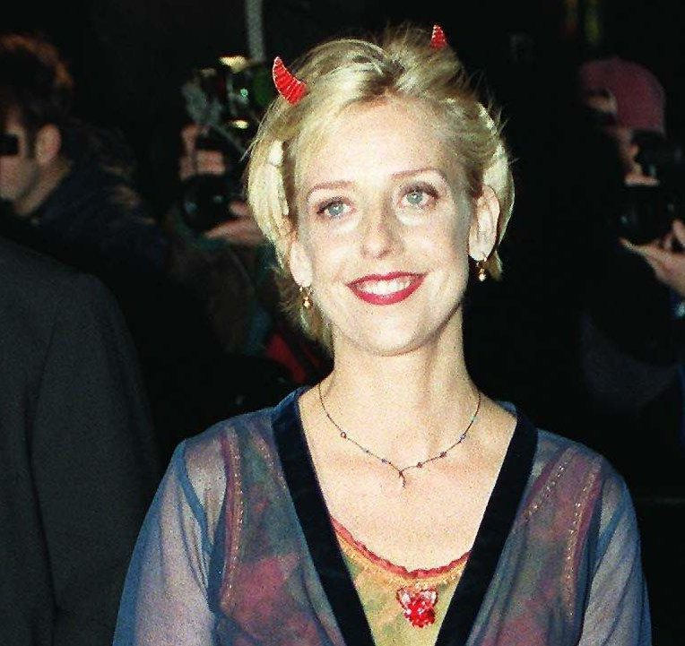 Who was Emma Chambers, when did she marry Ian Dunn and what were the Vicar of Dibley star's best roles