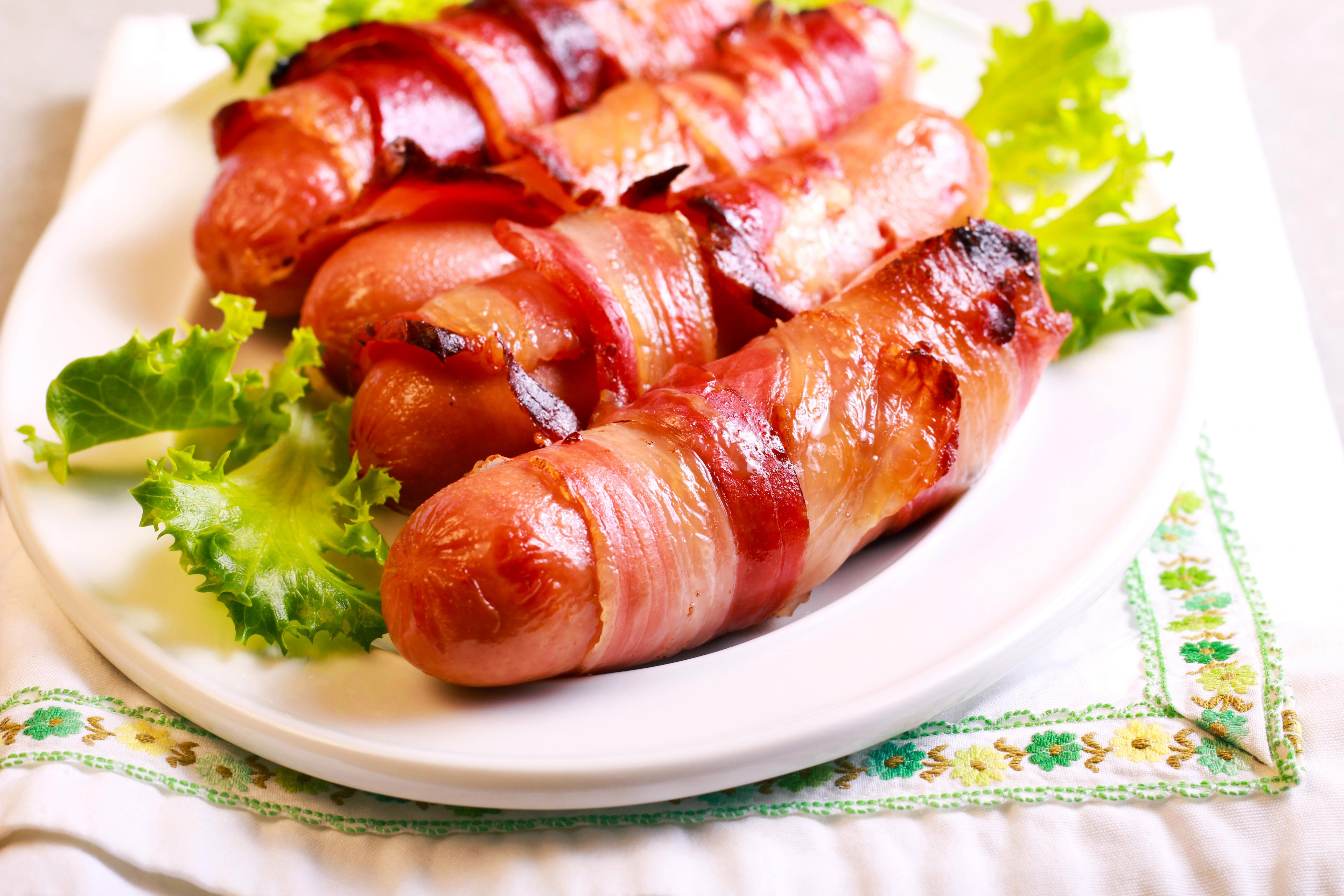 How to make pigs in blankets this Christmas, what's the recipe and is there a vegetarian version?