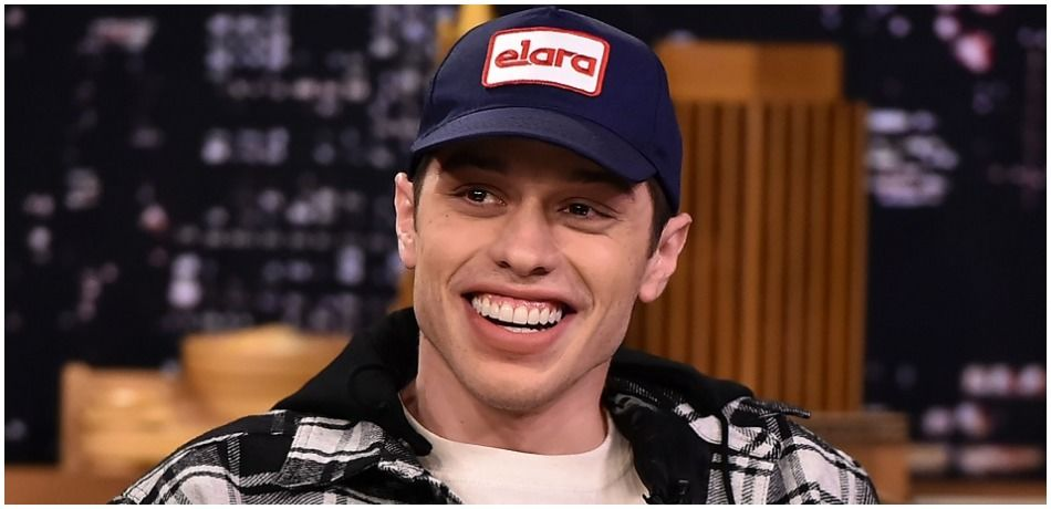 Pete Davidson Spotted With Machine Gun Kelly After Posting Suicidal Message