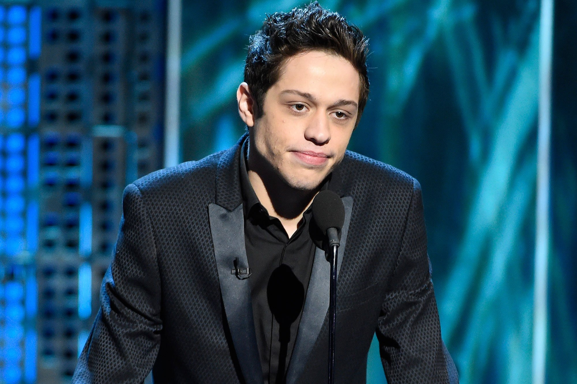 Pete Davidson Appears on Saturday Night Live Hours After Alarming Instagram Post