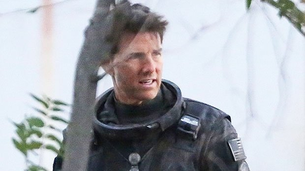 Tom Cruise, 56, Looks Exactly The Same As He Did 32 Years Ago On Set Of 'Top Gun' Sequel – See Pics