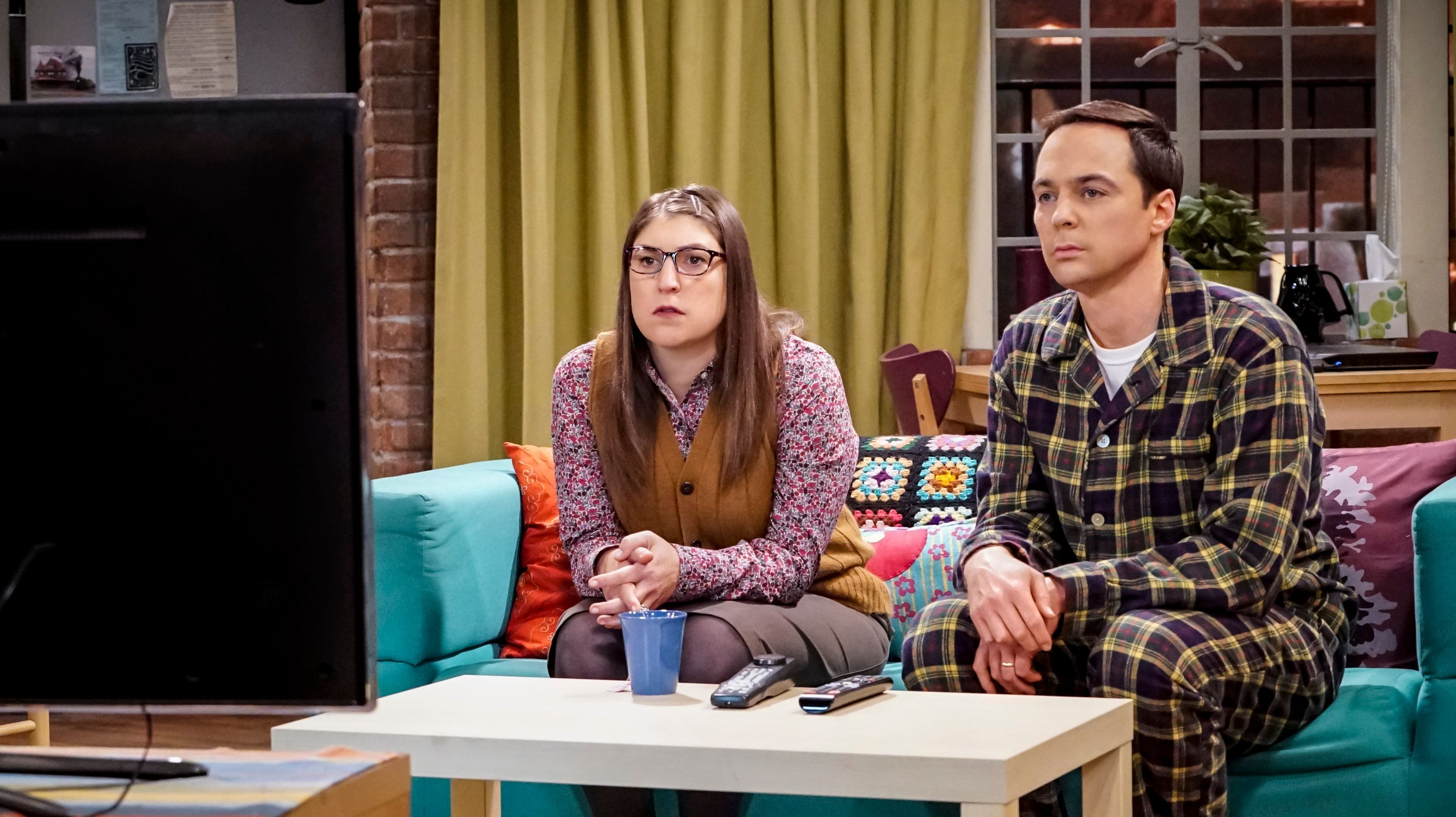 'Big Bang Theory' exclusive: Watch Sheldon Cooper get advice from his 'Young' self