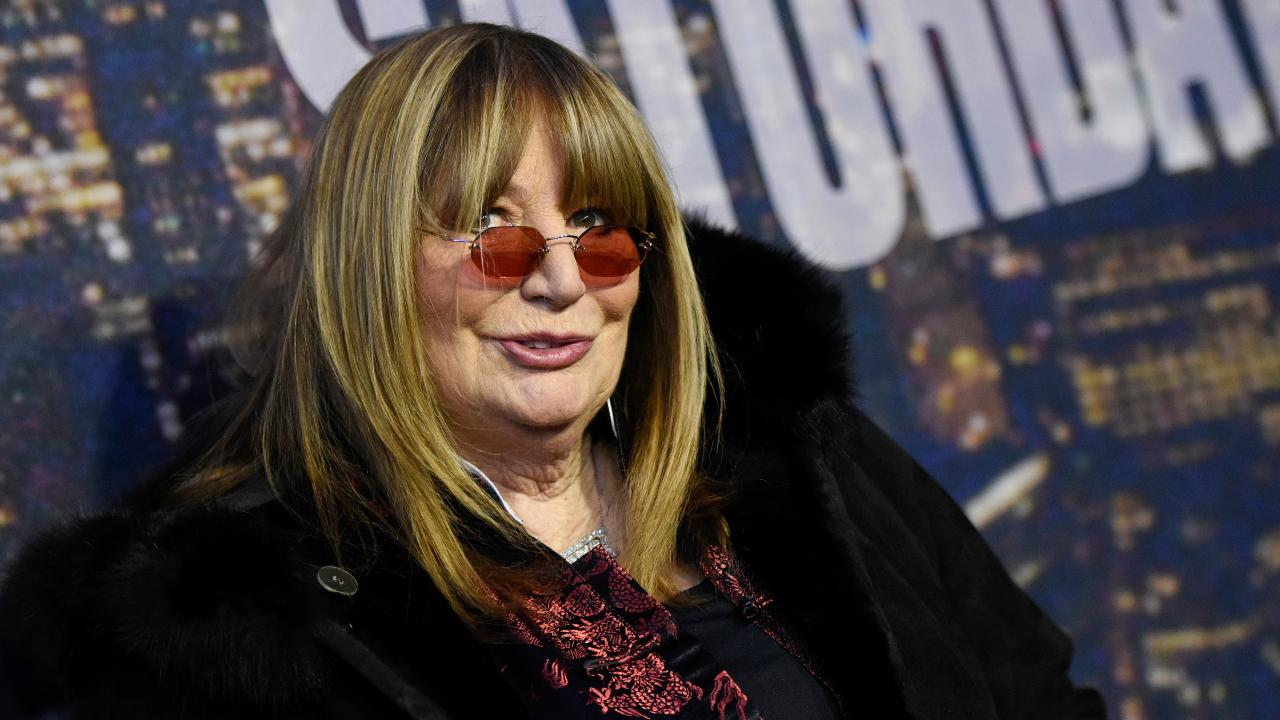 Penny Marshall, 'Laverne & Shirley' star and 'A League of Their Own' director, hailed as 'one of the greats'