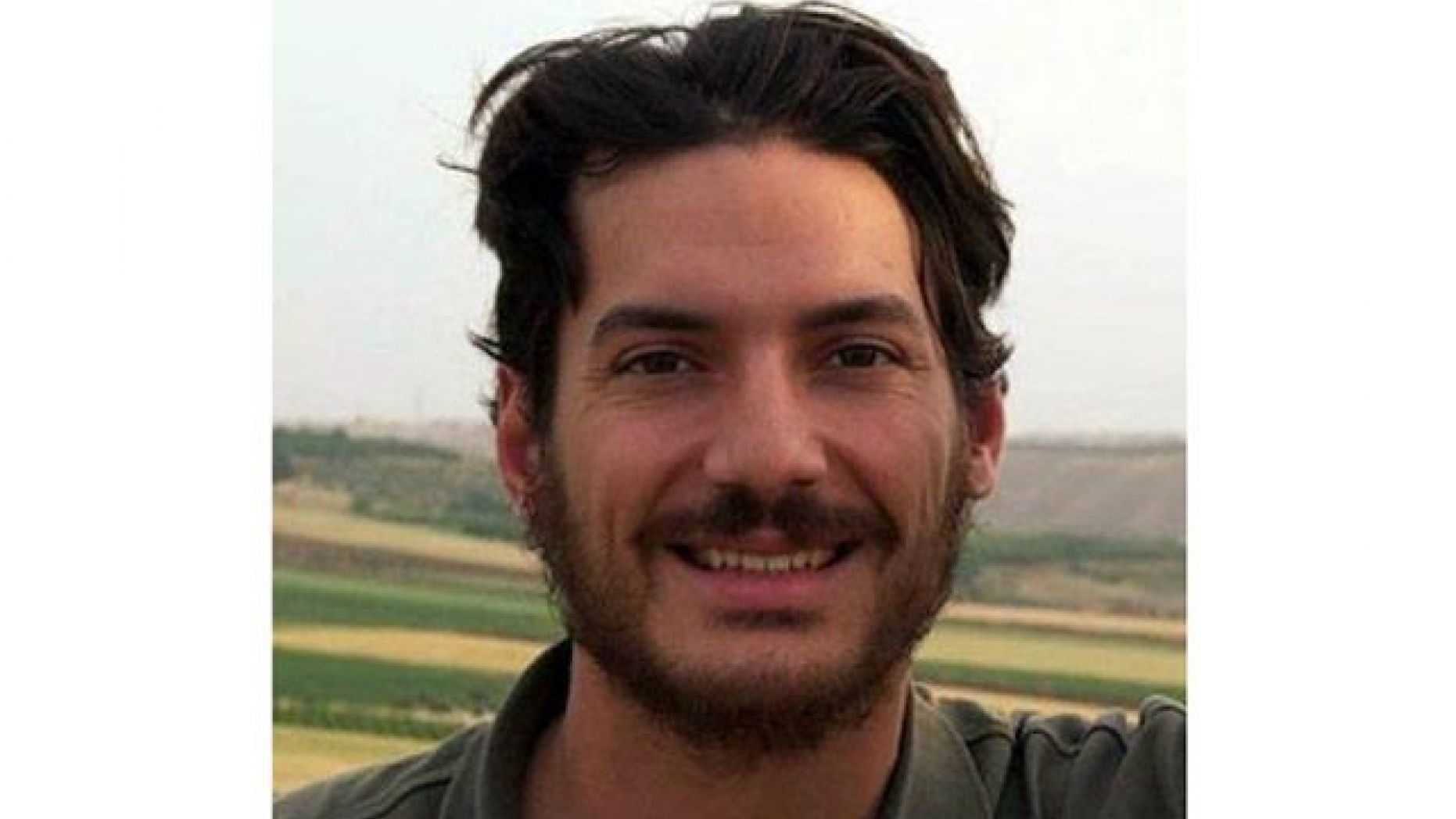 Parents of Austin Tice, journalist kidnapped in Syria, say new info suggests son still alive