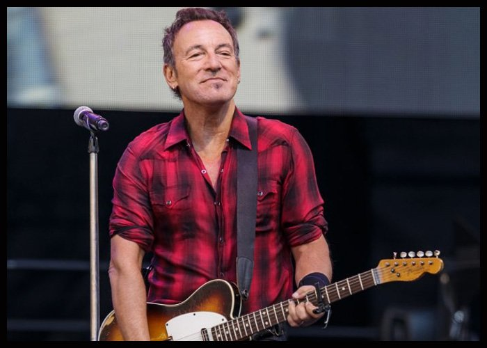 Bruce Springsteen Confirms He's Working On New Music