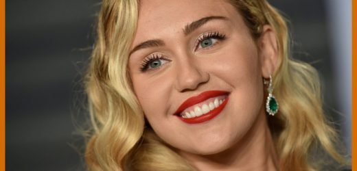 Miley Cyrus Covers 'Happy Xmas (War Is Over)'
