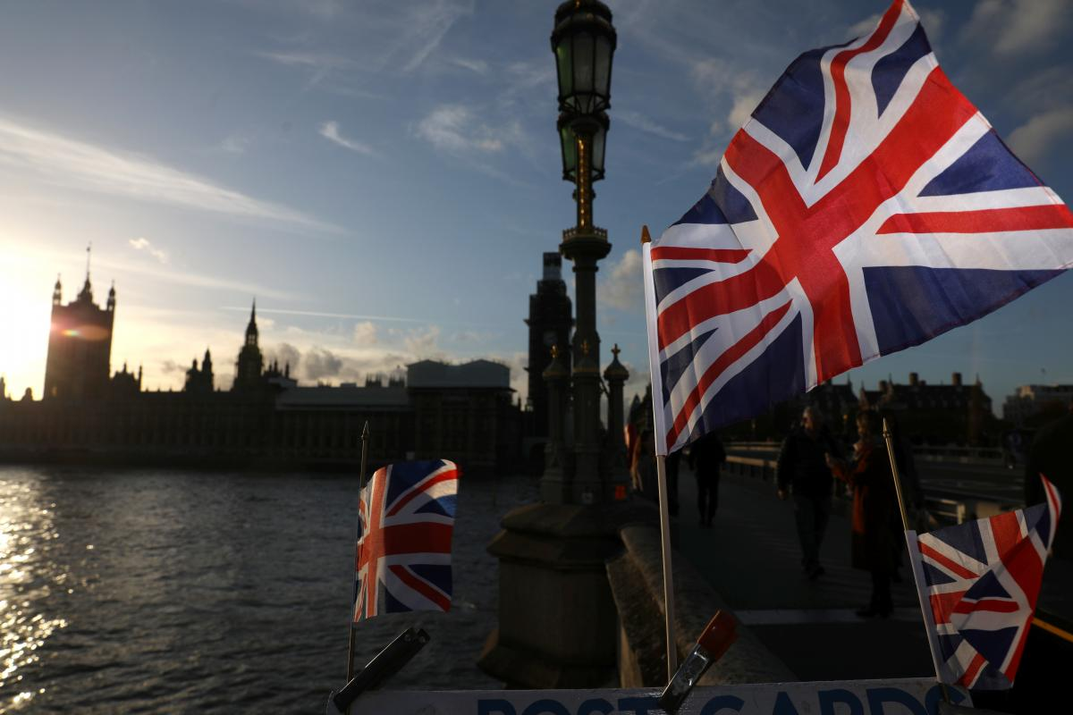 Britain suspends $2.5 million golden visas to tackle money laundering