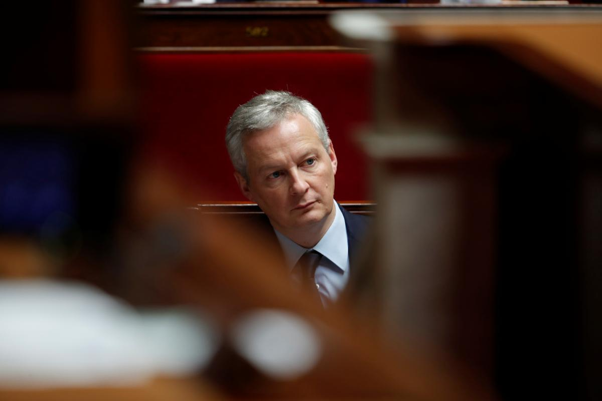 Big firms could help rein in French finances: minister