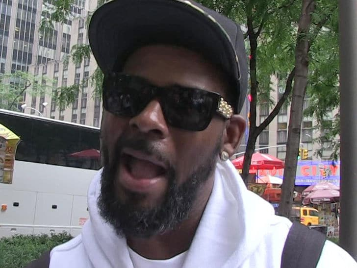R. Kelly's Former Manager Surrenders on Arrest Warrant for Terroristic Threats