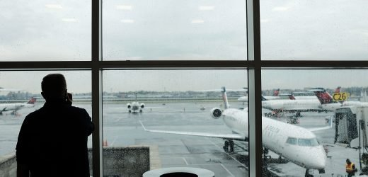 Flight delays reported at several major US airports due to air-traffic control shortage