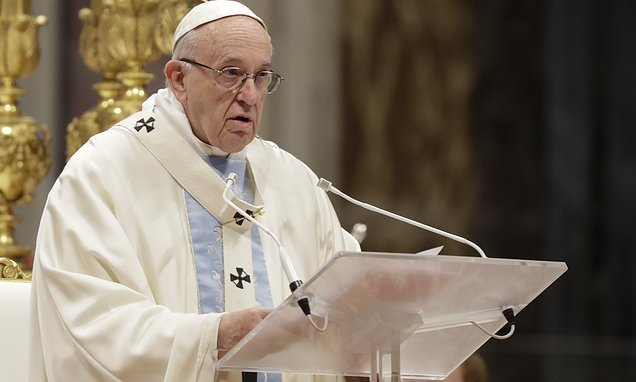 Pope ode to motherhood ushers in 2019 after disastrous 2018