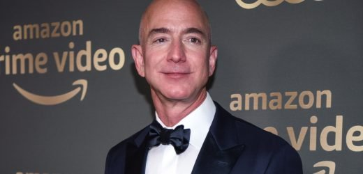 Jeff Bezos Ditches Wedding Ring at First Public Event Since Affair News