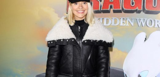 Holly Willoughby wows in stylish aviator jacket and black skinny jeans at How To Train Your Dragon premiere