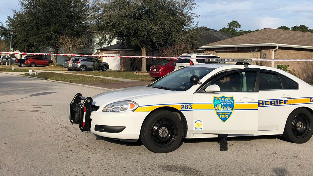3 dead, 2 wounded in Jacksonville murder-suicide