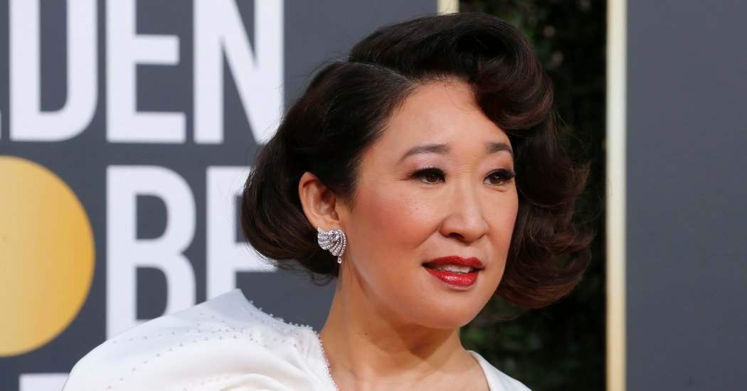 Golden Globes 2019: Sandra Oh Gets Emotional About Hollywood Diversity