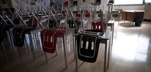 B.C. music teacher reprimanded for telling Grade 6, 7 students about serial killers