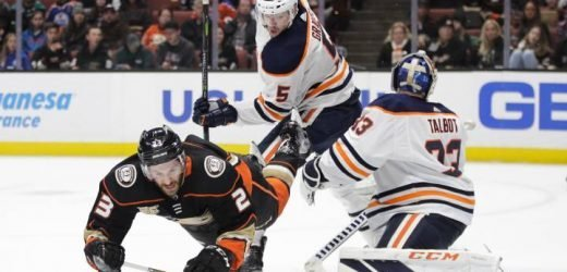 Cam Talbot leads Edmonton Oilers to shutout win in Anaheim