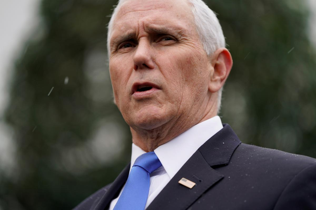 Vice President Pence calls Venezuelan opposition leader in show of support