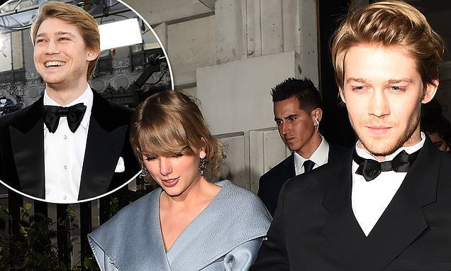 Taylor Swift and Joe Alwyn 'pack on the PDA' at pre-Oscars party