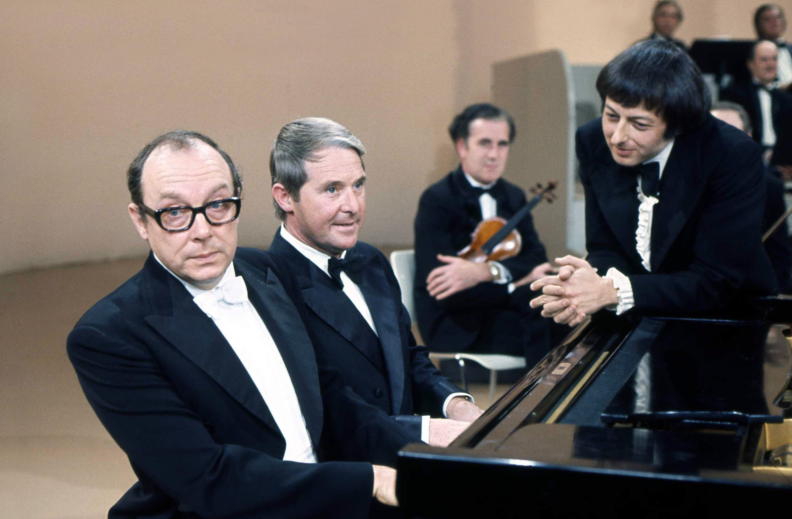 Andre Previn dead at 89 – Four-time Oscar-winning composer famous for Morecambe and Wise sketch dies at home in New York