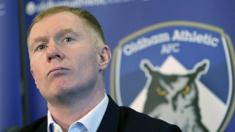 Manchester United great Scholes named Oldham manager