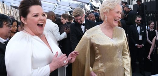 Glenn Close Giving The Sexy Eyes To Melissa McCarthy Before The Oscars Is The Meme Of The Night