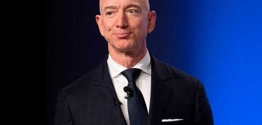 Staffers speculate Amazon ditched HQ2 deal to help Bezos' love life