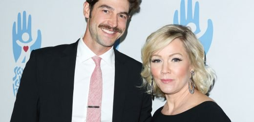 Jennie Garth and Dave Abrams Call Off Their Divorce: 'They're Very Happy,' Source Says
