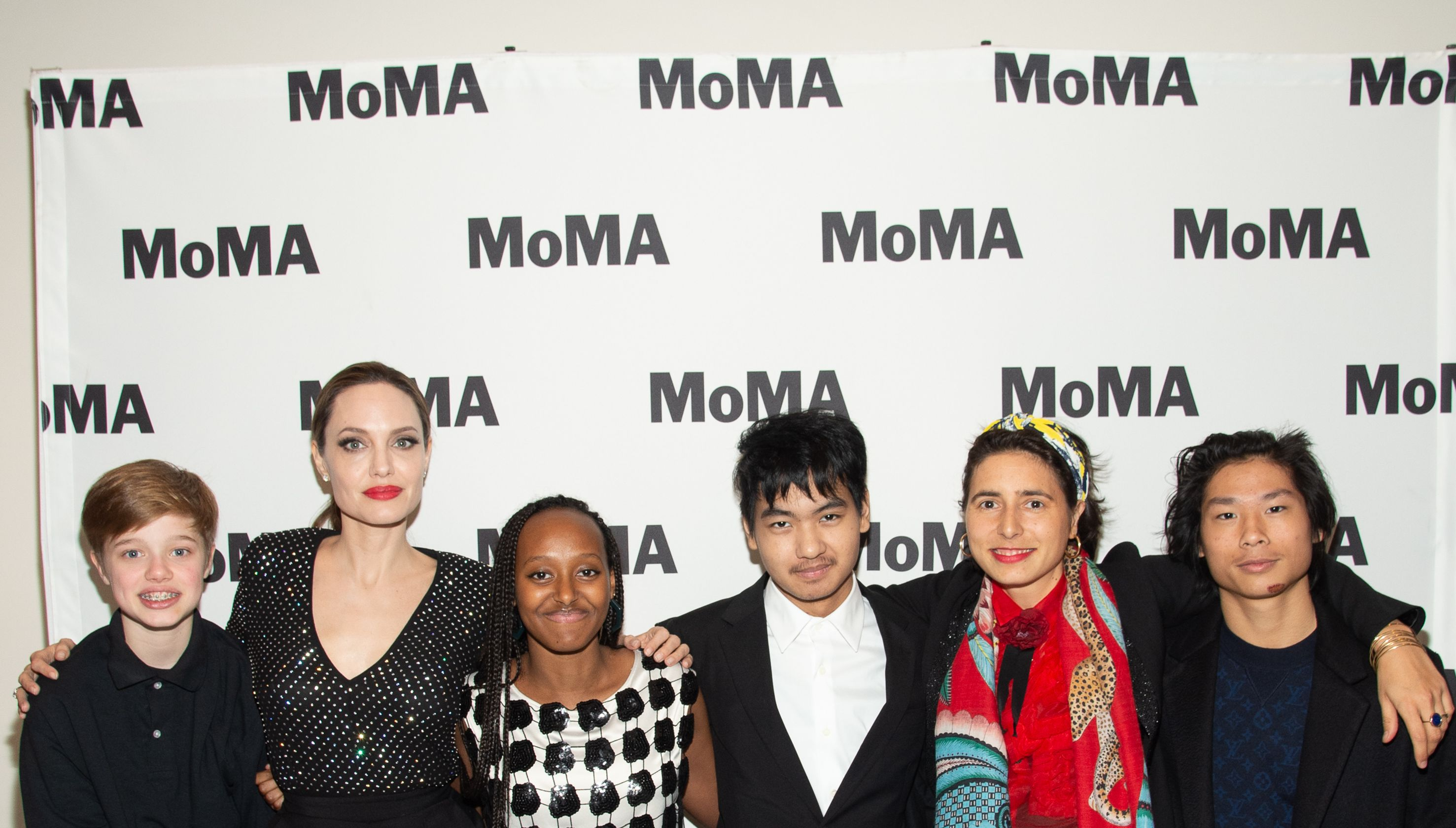 Angelina Jolie makes rare appearance with 4 of her children at a museum event