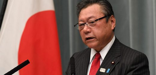 Japanese Olympic minister forced to apologize after being three minutes late to meeting