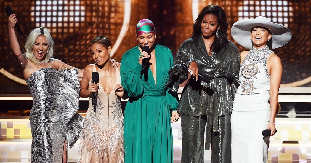 At the Grammys, Sisters Dressing for Themselves
