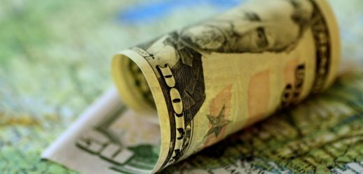 """US dollar at three-year lows, """"structurally weak"""""""